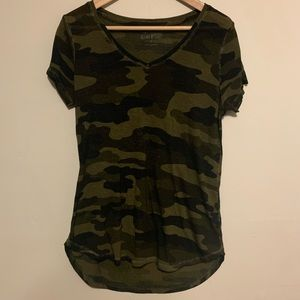 Women's Lucky Brand Super Soft Long Camo Tee Small